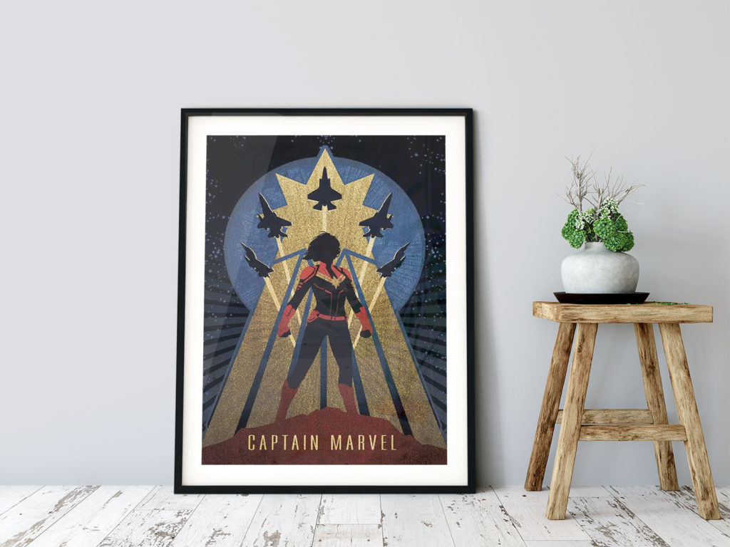 Captain Marvel Poster eingerahmt